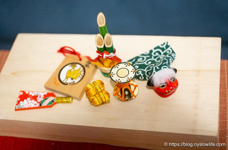 お正月ミニお飾り檜舞台