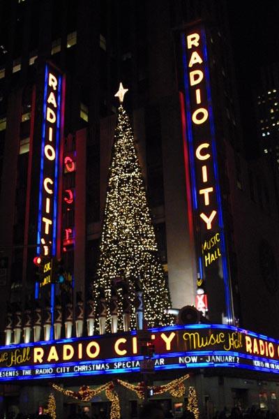 ニューヨーク・ラジオシティ・クリスマス・イルミネーション