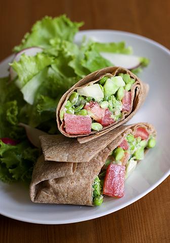枝豆ブロッコリー・ロールサンドイッチ