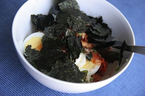 キヌア・キムチ丼海苔のせ