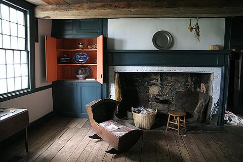 英国式暖炉:ニューヨーク最古ファームハウスのミュージアム