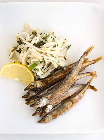 干し魚とコールラビ・サラダ