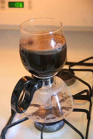 コーヒー作ってるところ