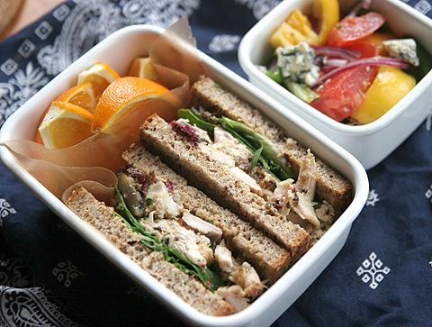 チキン・サンドイッチ・ランチボックス
