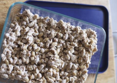パイレックスガラス容器に納豆
