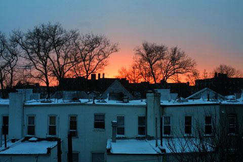 吹雪の後の夕焼け