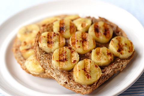 ピーナッツバターバナナ・トースト