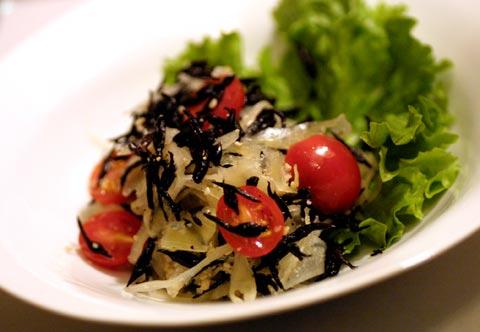 ヒジキとザウアークラウトのサラダ