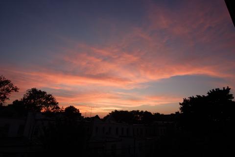 7月30日(土)午後8時23分のニューヨークの夕焼け
